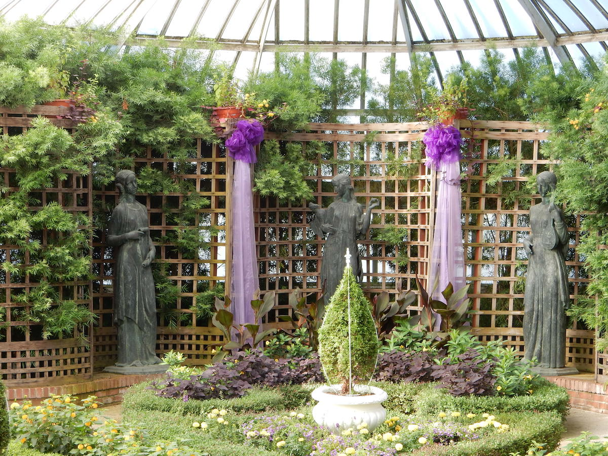 Enjoy Nature and Art at the Phipps Conservatory