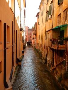 Long Canal - Bologna, Italy