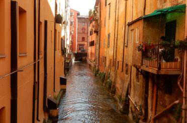 The Basics of Beautiful Bologna, Italy