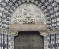 Exterior door grilling of San Lorenzo