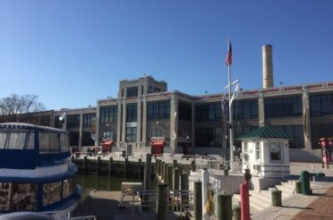Old Town Alexandria, Virginia – Charming Even in December