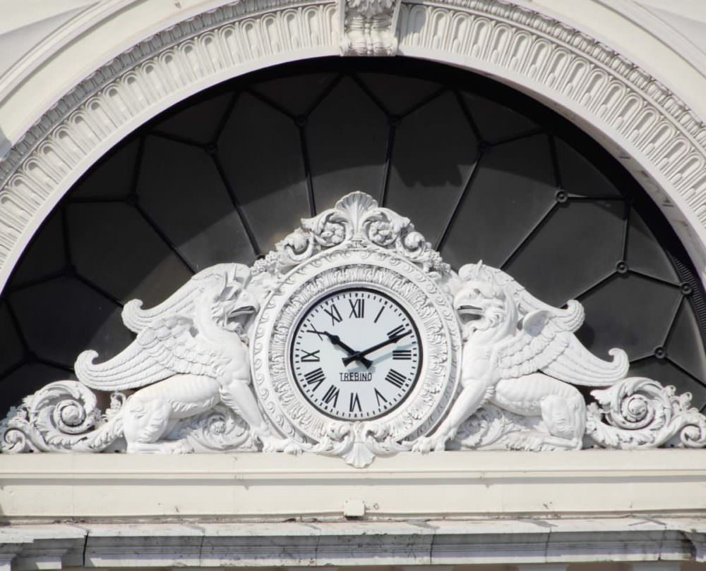 Geona train station clock, Centrale Station